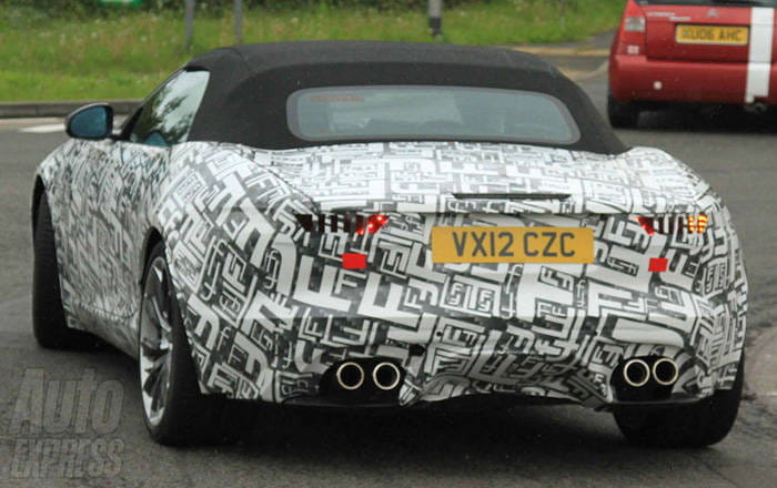 Jaguar F-Type R: la idea del cabrio V8 seduce a Jaguar