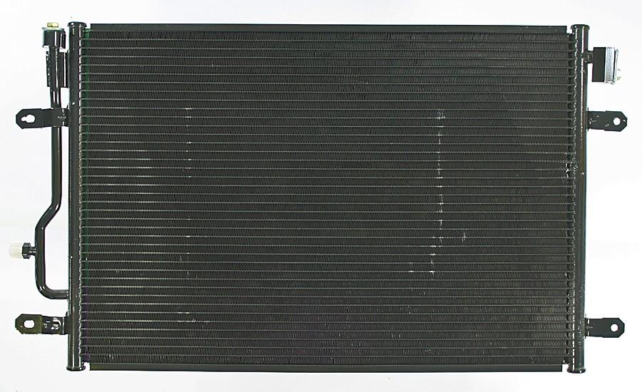 Imagen de Condensador de Aire Acondicionado para Audi A4 2005 Marca APDI Número de Parte 7014702