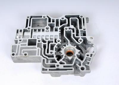 Imagen de Conjunto de la bomba de aceite Trans Auto para Cadillac DeVille 2001 Marca AC Delco Número de Parte 8684950