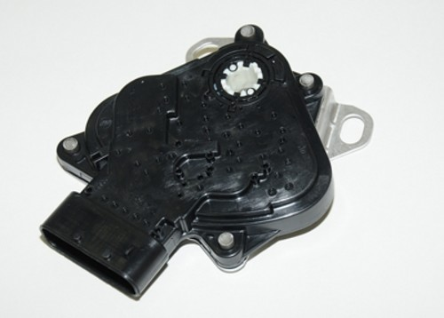 Imagen de Interruptor de Posición Park / Neutro para Chevrolet Malibu 2004 2005 Marca AC Delco Número de Parte D2259C