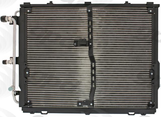 Imagen de Condensador de Aire Acondicionado para Mercedes-Benz S320 1994 1998 1999 Marca GLOBAL PARTS Número de Parte 4692