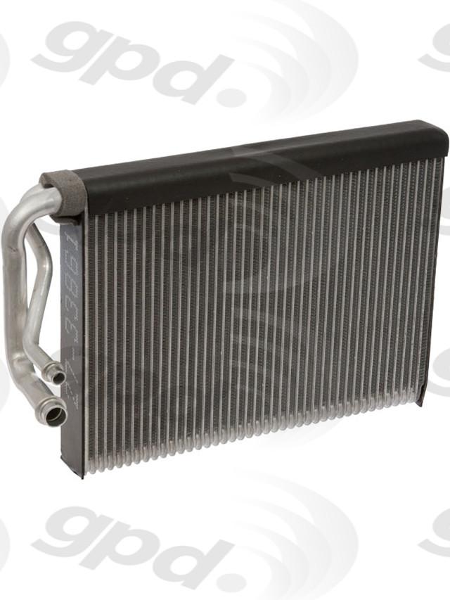 Imagen de Nucleo del evaporador del aire acondicionado para Mercedes-Benz CLS550 2012 Mercedes-Benz C300 2008 Mercedes-Benz C63 AMG 2013 Marca GLOBAL PARTS Número de Parte 4712134