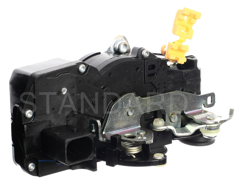 Imagen de Motor Actuador de Seguro Eléctrico de la puerta para Cadillac CTS 2003 2004 Marca STANDARD MOTOR Número de Parte DLA-670