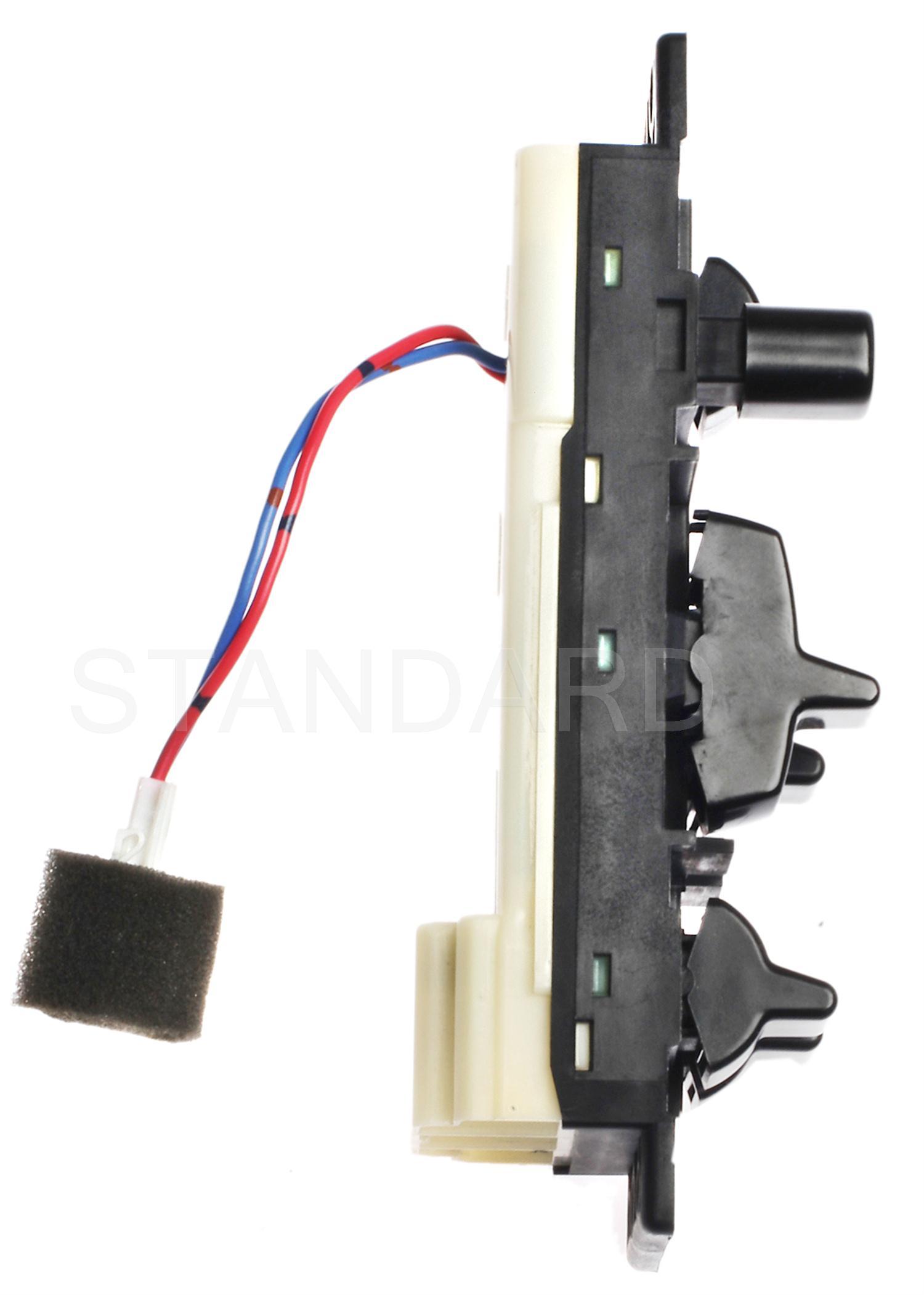Imagen de Interruptor de vidrio eléctrico de la puerta para Nissan Stanza 1990 1991 1992 Marca STANDARD MOTOR Número de Parte DWS-1159