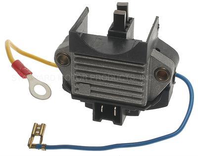 Imagen de Regulador de Voltaje para Renault Alliance 1987 Renault Encore 1984 Marca STANDARD MOTOR Número de Parte VR-182
