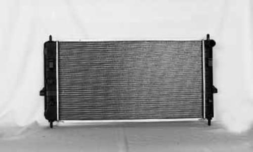 Imagen de Montura del radiador para Chevrolet Cobalt 2006 Marca TYC Número de Parte 2775