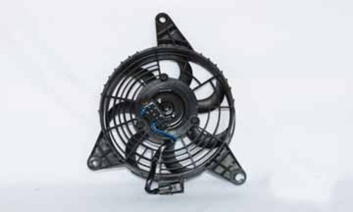 Imagen de Aspa del ventilador de enfriamiento del motor para Kia Sportage 2001 2002 Marca TYC Número de Parte #610760