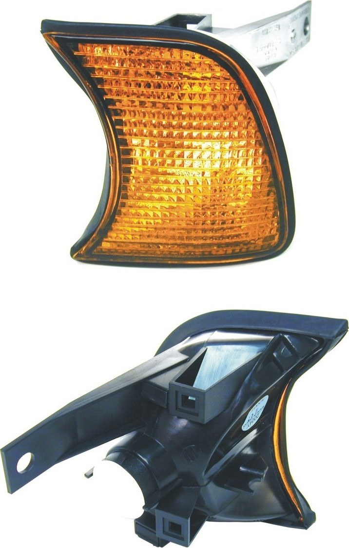 Imagen de Luz de cruce para BMW 525i 1989 1992 1995 BMW M5 1993 Marca URO PARTS Número de Parte 63131384033