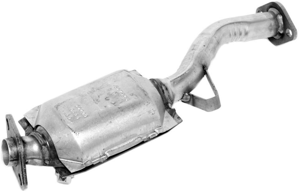 Imagen de Convertidor Catalítico Ultra Direct Fit para Subaru Impreza 1996 1997 Marca WALKER Número de Parte 15845